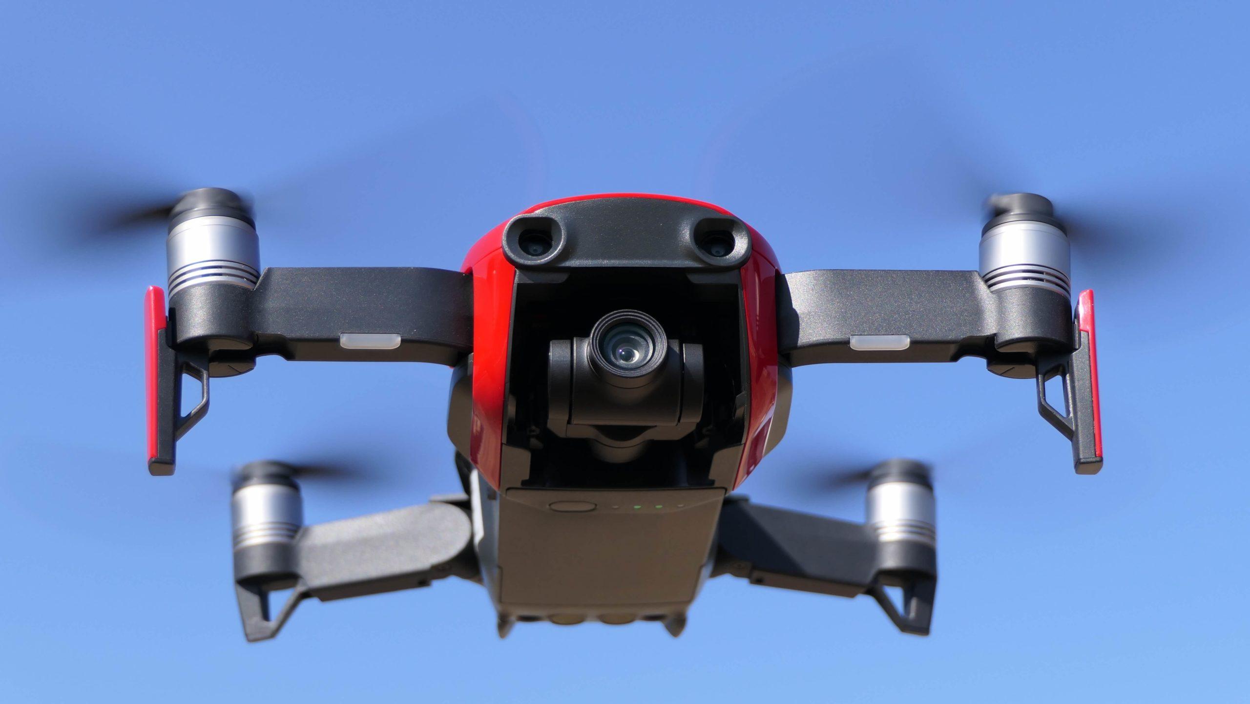 Meilleurs Drones DJI pour débutants (avec vidéo)