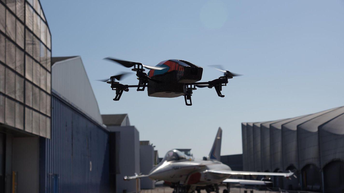 L'origine du drone ?