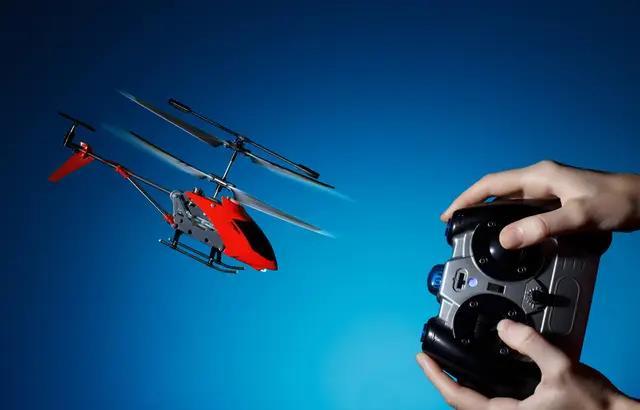 Tout ce qu'il faut savoir avant d'acheter un hélicoptère télécommandé